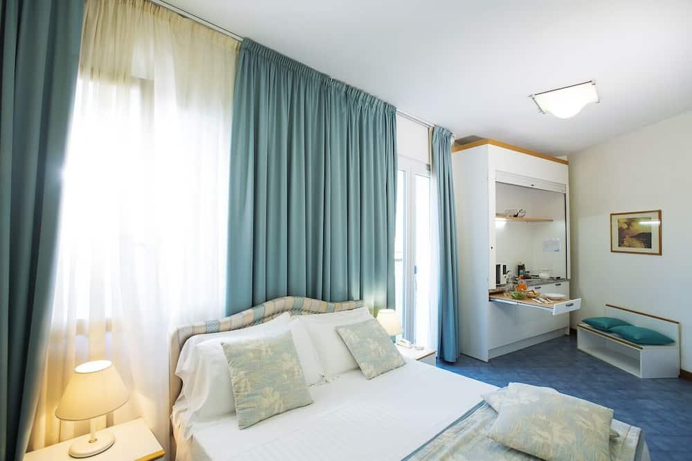 Studio - Guest Room