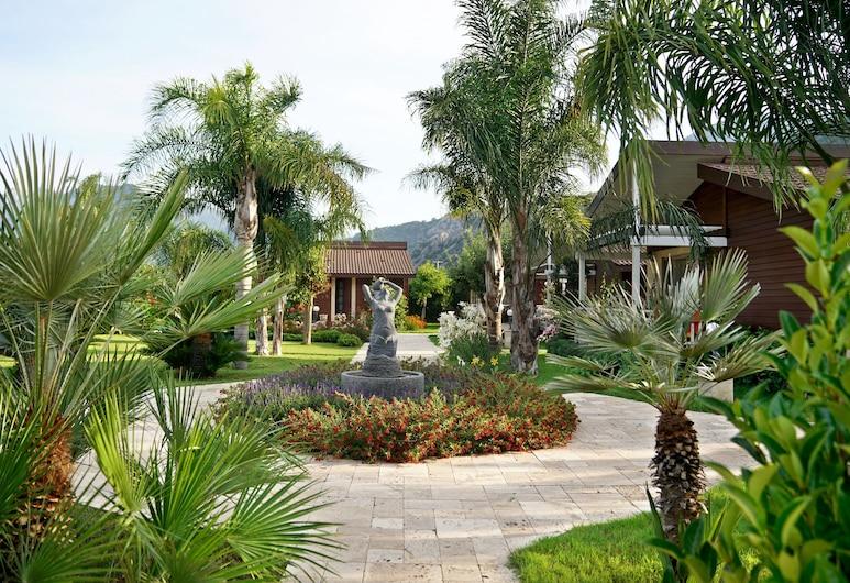 Cirali Hera Hotel, Kemer, Garden