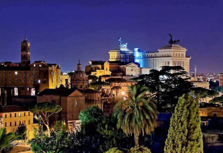 Pompeo, Rome, Apartment (Beesprint Colosseo) -  via del Colosseo 26, City View