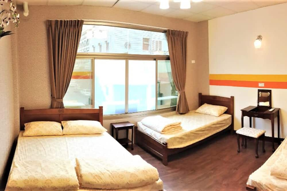 Economy Quadruple Room - Guest Room