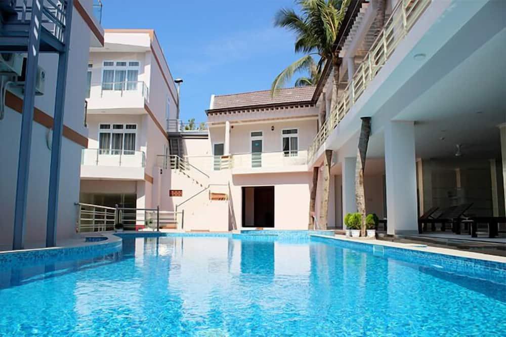 豪華客房, 花園景觀 - 室外游泳池