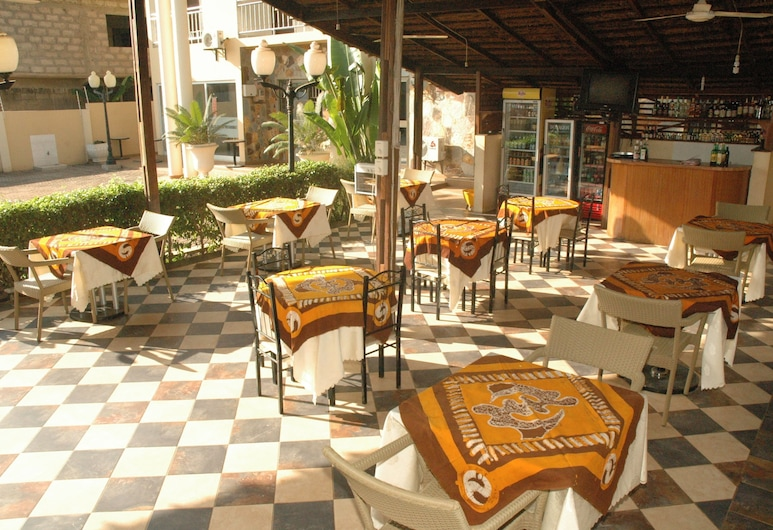 Spintex Inn, Accra, Terrace/Patio