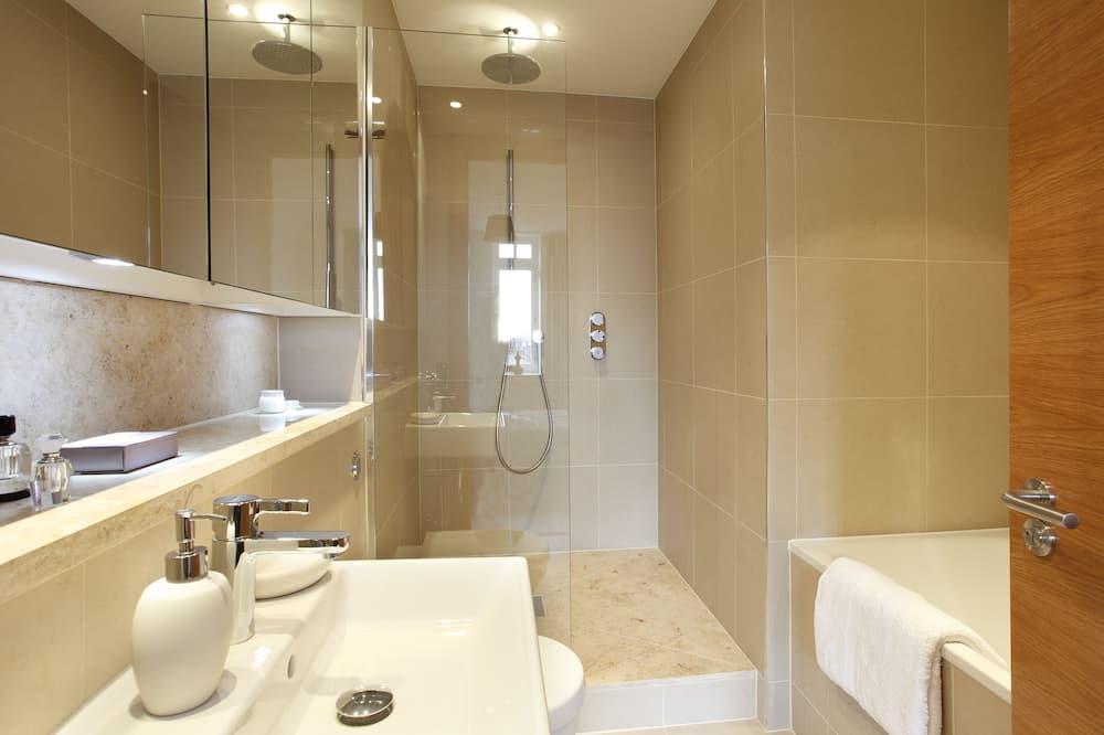 Apartmán, 1 spálňa, súkromná kúpeľňa - Sprcha v kúpeľni