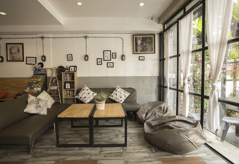 The Pause Hostel, Chiang Mai, Living Area