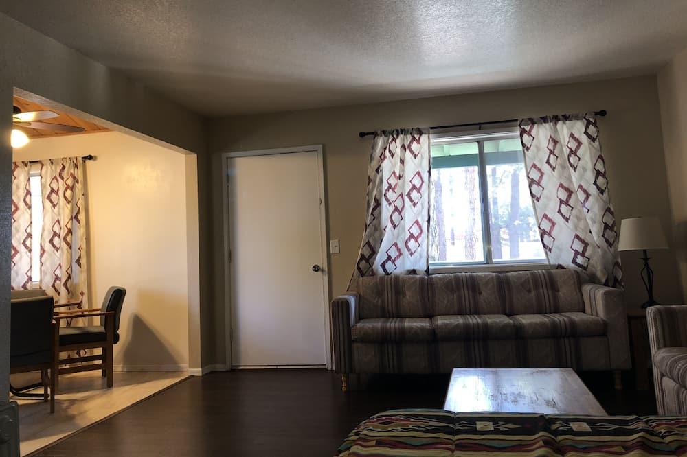 舒適開放式套房, 1 張加大雙人床, 廚房 - 客廳