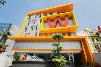 Foto do The WIN hotel em Surabaya