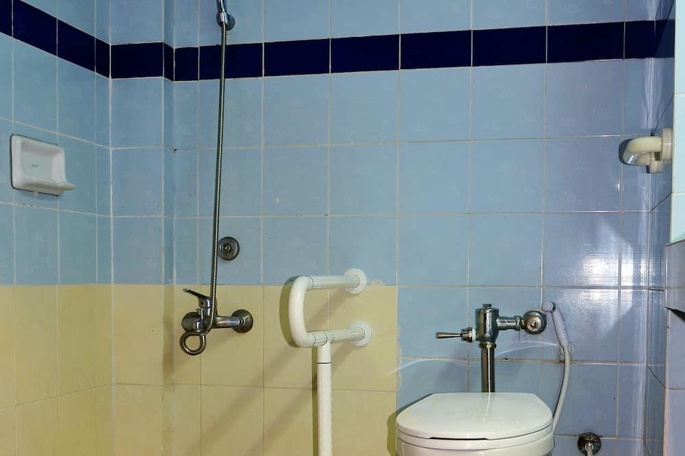 Pokój dwuosobowy, standardowy, Łóżko podwójne, przystosowanie dla niepełnosprawnych, z łazienką - Łazienka