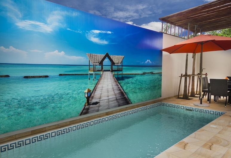 Tropicana Pool Villa, Pattaya, Outdoor Pool
