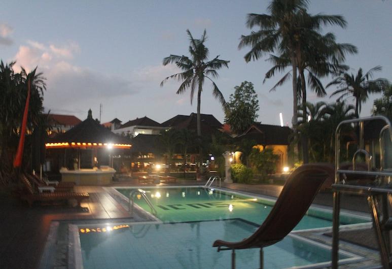 Suji Bungalow, Kuta, Hồ bơi ngoài trời