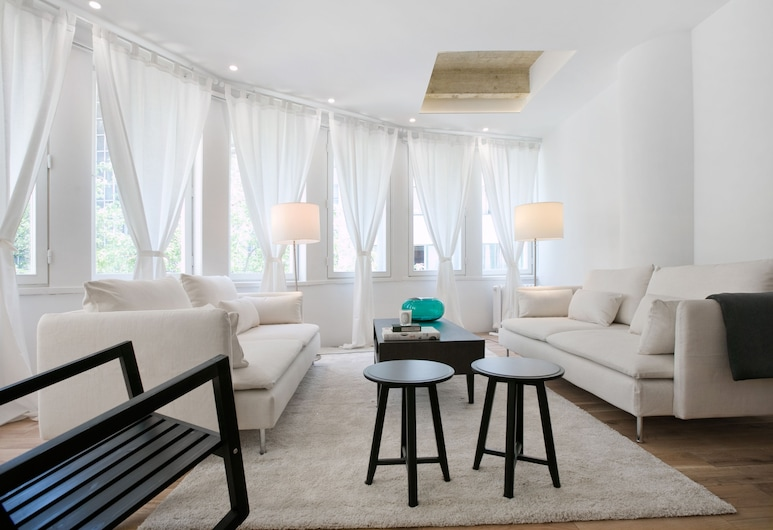 Angel Main Square, Zagreb, Luxury Apartment, 1 Bedroom, Living Area