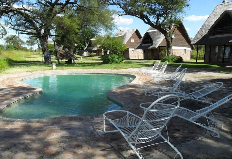 Ganda Lodge, Dete, Outdoor Pool