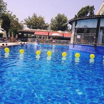 תמונה של Irem Garden Hotel & Apartments בסידה