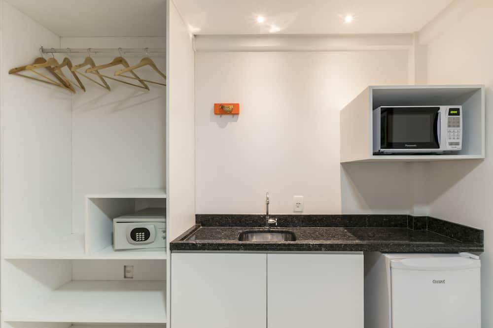 Suite (Master Flat) - Gelombang mikro