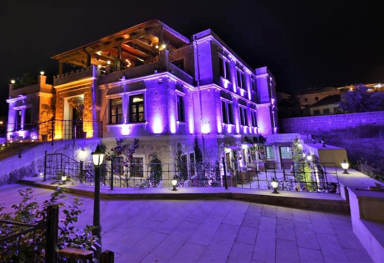 Alaturca House, Nevsehir, Hotellin julkisivu illalla/yöllä