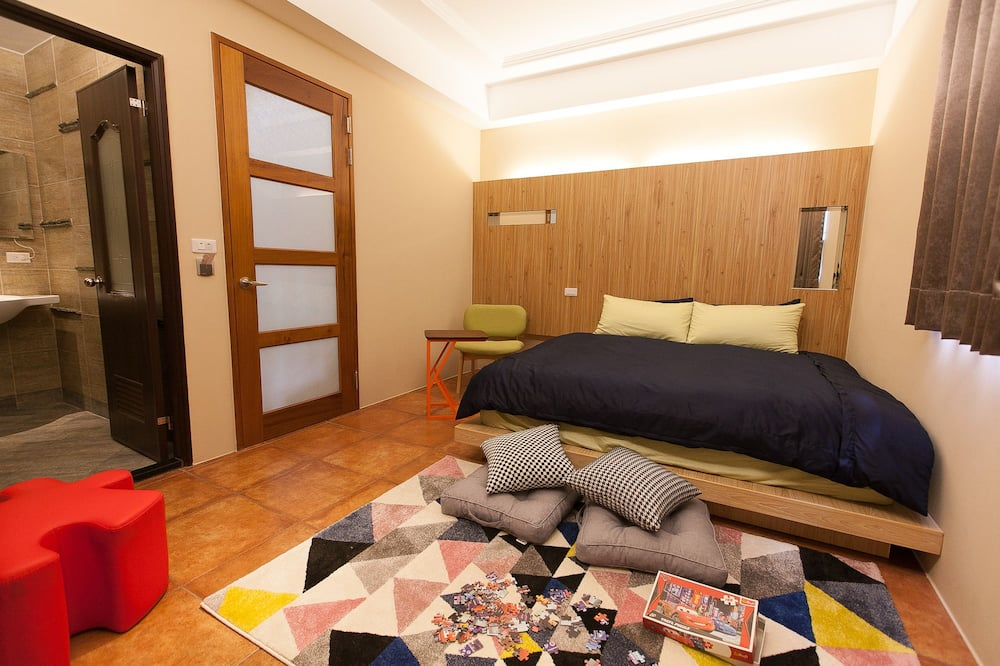 Double Room (Depends on Hotel Availabities) - Guest Room