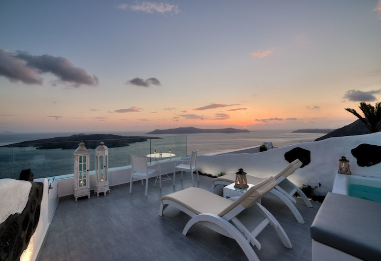 Fira Deep Blue Suite, Santorini, Vila Deluks, jet tub, pemandangan laut, Teras/Patio