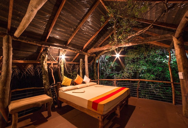 Back of Beyond - Pidurangala, Dambulla, Tree House, Room