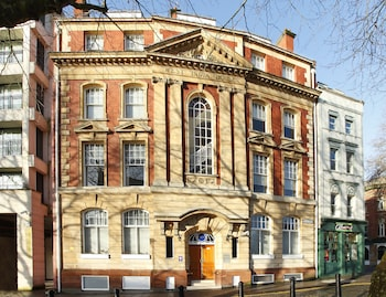 Picture of SACO Bristol - West India House in Bristol