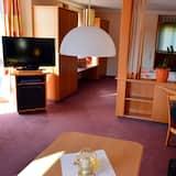 Двухместный номер «Премиум» с 1 двуспальной кроватью, для некурящих - Зона гостиной