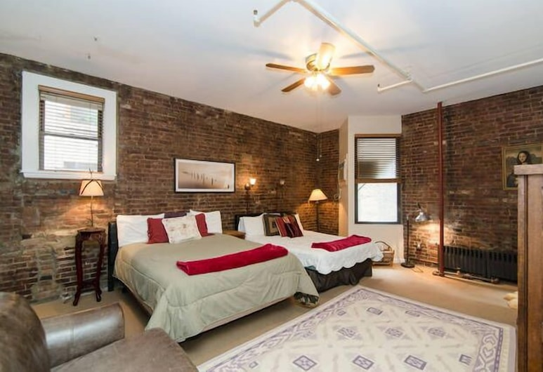 The Townhouse Inn of Chelsea, New York, Deluxe Room, 2 Queen Beds, Guest Room