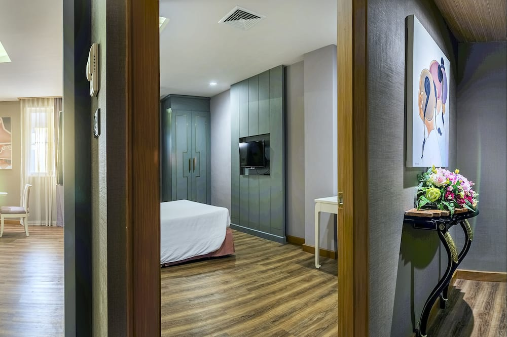סוויטה, 2 חדרי שינה - חדר אורחים