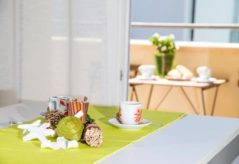 Green Residence, Rimini, Külaliskorter, 1 magamistoaga (4 pax), Einetamisala toas