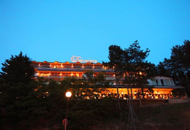Hotel Belvedere, Ohrid, Hotel Front – Evening/Night