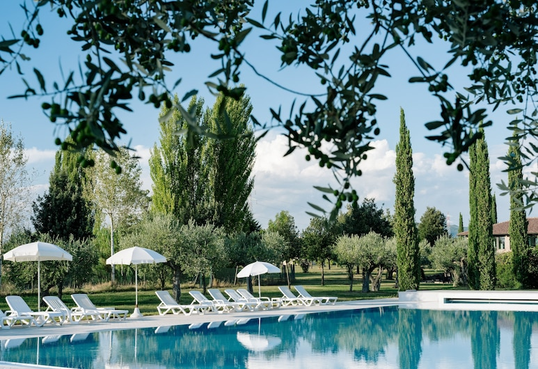 Valle di Assisi Country Apartments, Assisi, Außenpool
