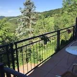 Superior Room, 1 King Bed, Balcony, Mountain View - Balcony