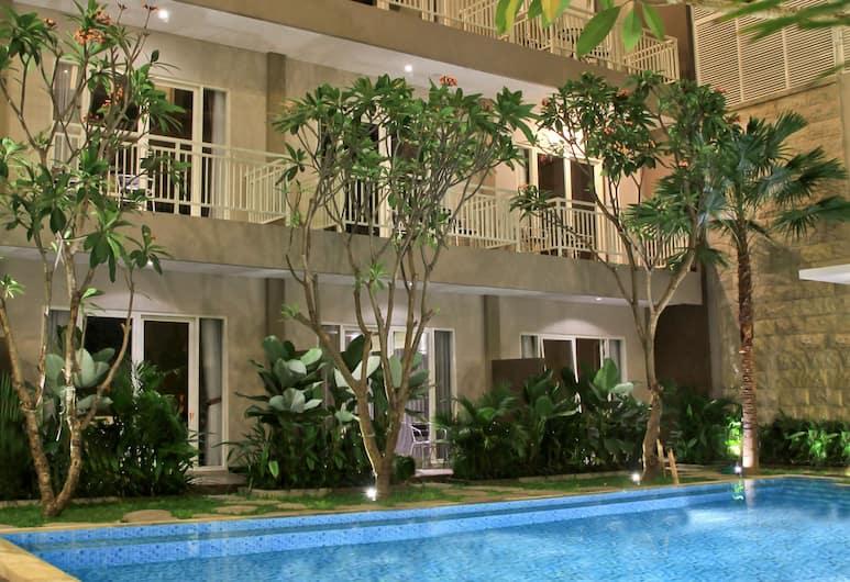 Choice Stay, Denpasar, Kolam Renang