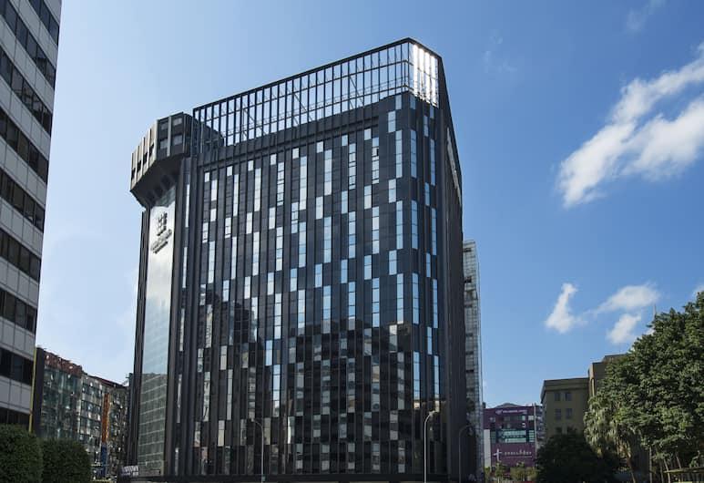 Hotel Midtown Richardson, Taipei, Z zewnątrz