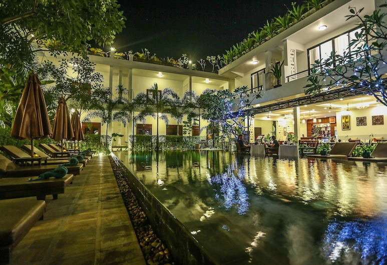 The Moon Residence & Spa, Siem Reap, Outdoor Pool