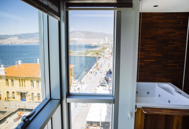 Pasaport Pier Hotel, Izmir, Executive Suite, Guest Room View