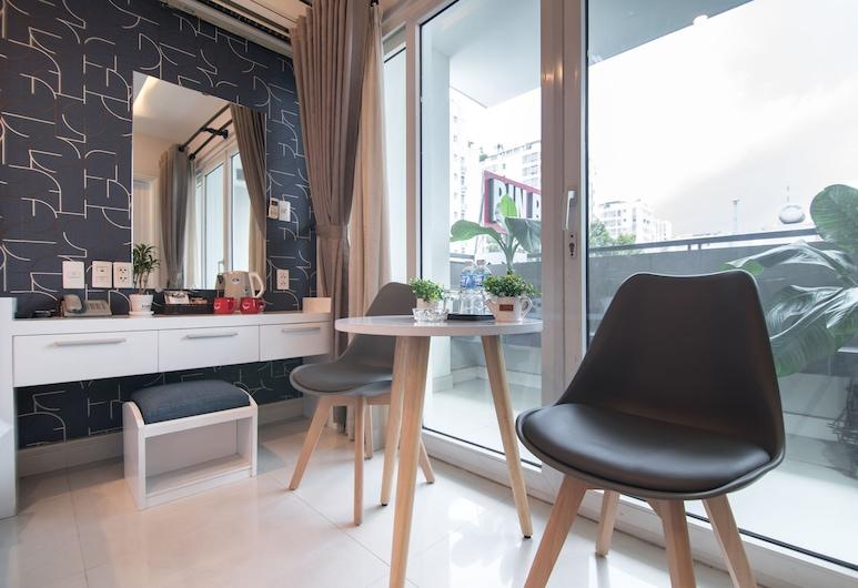 Bin Bin Hotel 6 Near SECC D7, Bandar Raya Ho Chi Minh, Deluxe Double Room, Ruang Tamu