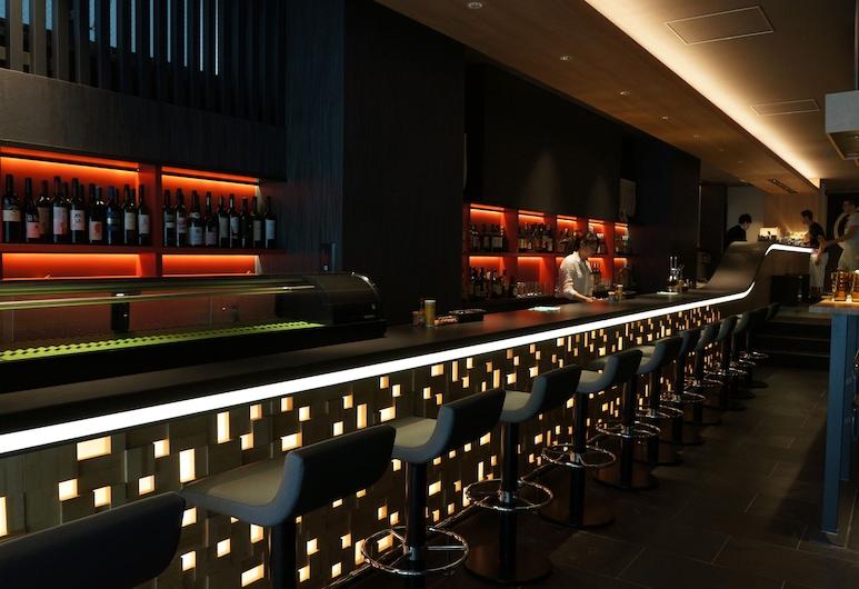 一等艙築地膠囊旅館, 東京, 酒店酒吧