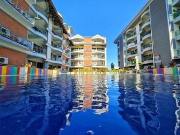 Selline näeb välja Perdana Beach Resort, Langkawi