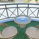 נוף מהמרפסת