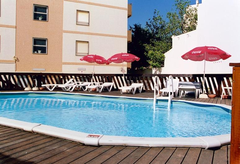 Hotel Apartamento Iate, Portimao, Outdoor Pool