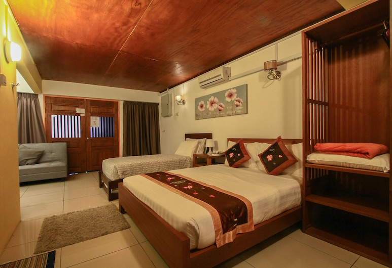 Magpie Residence, George Town, Superior Quadruple Room, Bilik Tamu
