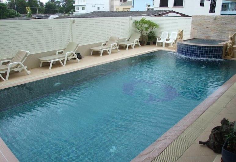 โรงแรมสุขวิไล, หัวหิน, สระว่ายน้ำ