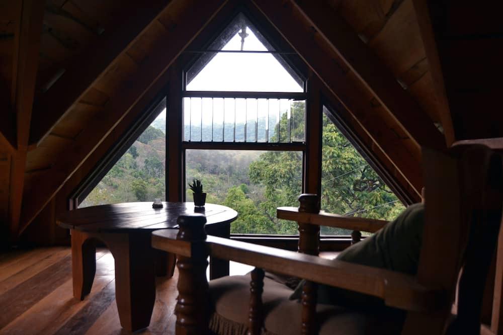 Cabin, Garden View - Living Area