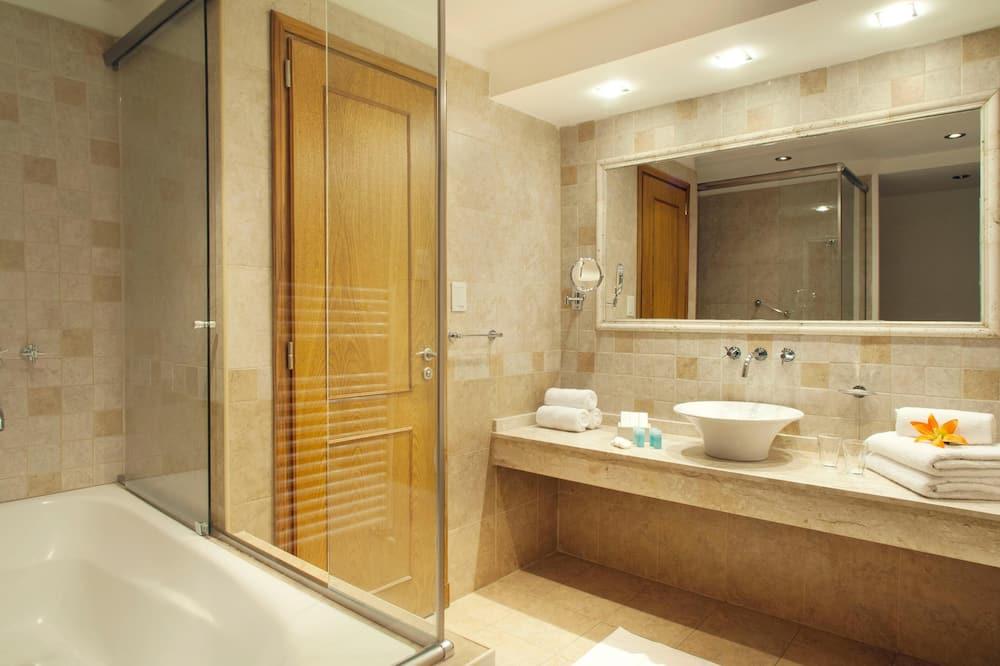 Suite Senior Ocean View - Vannasistaba