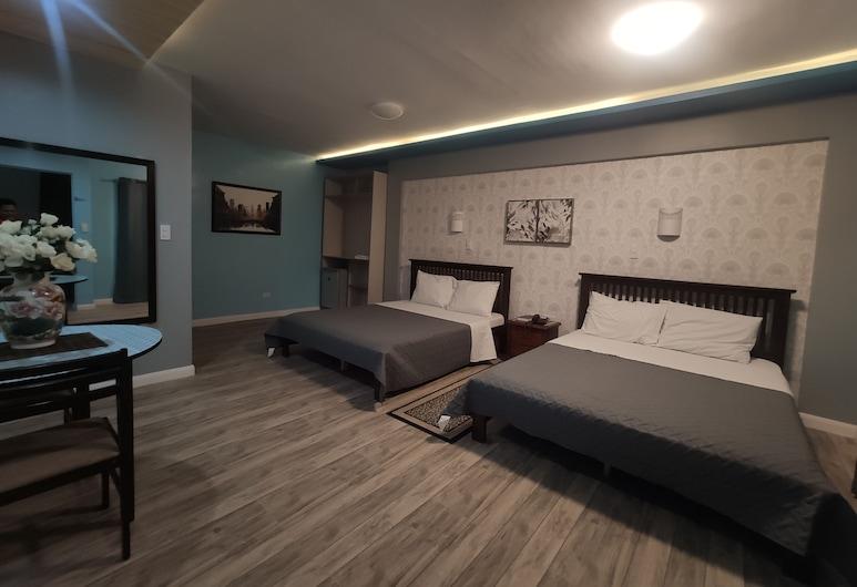 Nikita's Place Hotel, Calapan