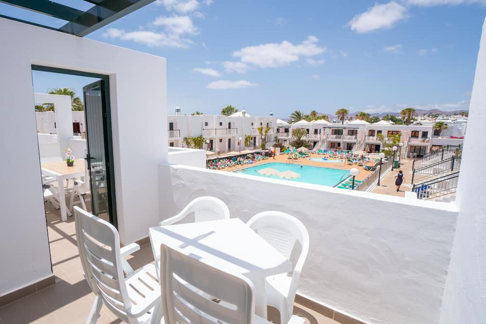 Luxury Apartment, 2 Bedrooms (2 adults and 2 children) - Balcony