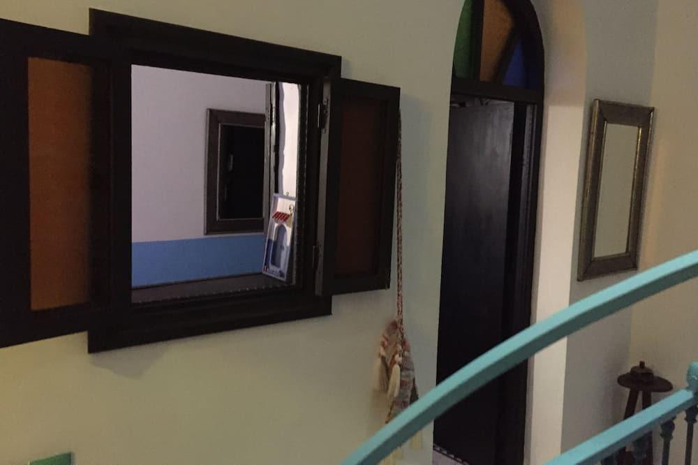 Standard-Doppelzimmer, 1 Doppelbett (Alhoceima) - Wohnbereich