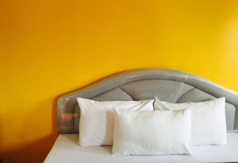 Sri Trang Hotel, Trang, Deluxe King Bed , Guest Room