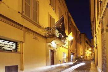 Picture of Hotel Cervetta 5 in Modena