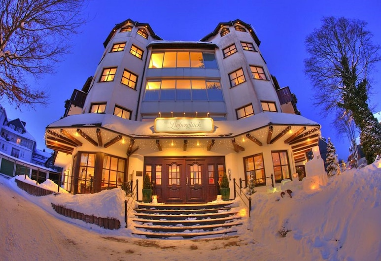 Hotel Liebesglück - Only-Adult-Hotel, Winterberg, Hotel Front – Evening/Night