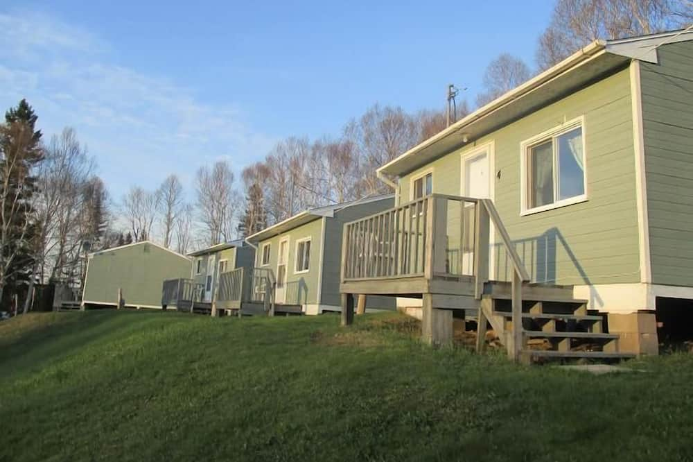 Makiebares Waterfront Accommodations