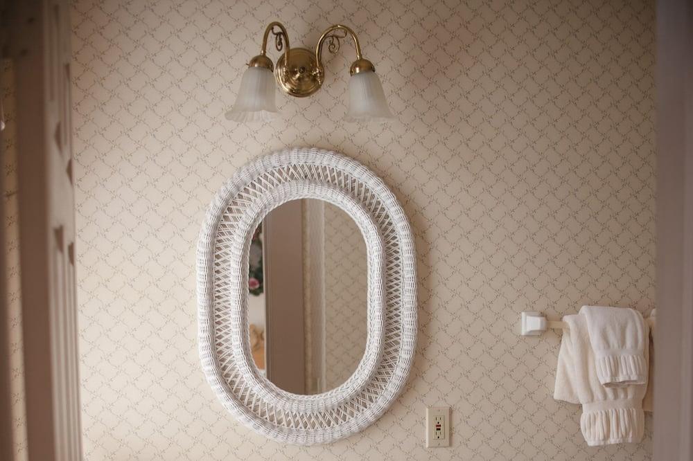 Pokój standardowy, Łóżko queen - Łazienka